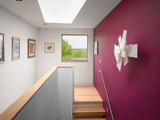 Meadowview Pasillos, vestíbulos y escaleras modernos de Platform 5 Architects LLP Moderno