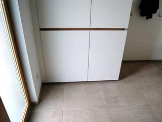 krumhuber.design Modern Corridor, Hallway and Staircase