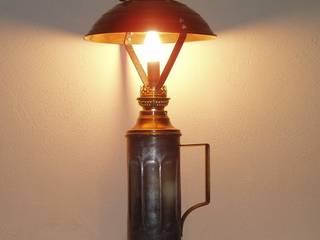 la première des lampes crées: Bureau de style de style eclectique par détours de lumières