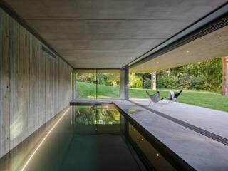 Red Bridge House من Smerin Architects