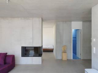 Wohn- und Atelierhaus Mühlestrasse, Edlibach Schweiz:  Wohnzimmer von amreinherzig