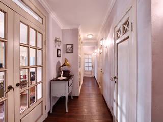 Corredores, halls e escadas rústicos por Порядок вещей - дизайн-бюро Rústico