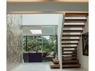 Corridor & hallway by Sophie Nguyen Architects Ltd, Modern