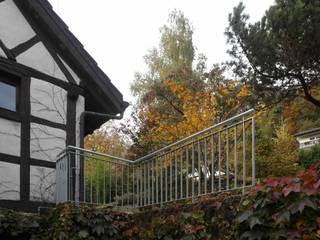 Landelijke balkons, veranda's en terrassen van Schönenberger Architektur Immobilien GmbH - dipl Architekten Landelijk