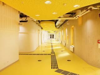 Escuelas de estilo ecléctico de Baierl & Demmelhuber Innenausbau GmbH Ecléctico