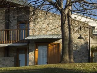 Varese - Ristrutturazione villa privata Case moderne di Studio Franco Segre Moderno