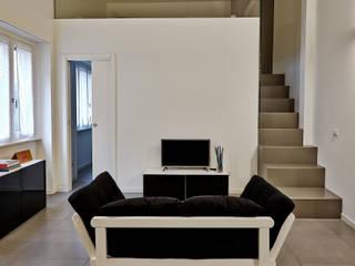 HOU16 : Ingresso & Corridoio in stile  di mimoa
