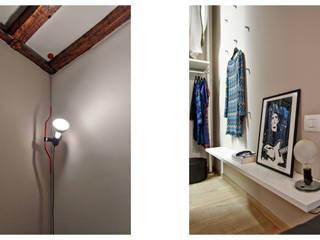 HOU17: Camera da letto in stile  di mimoa