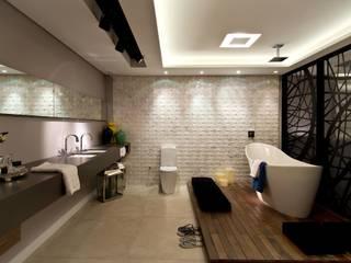 Suíte Master - CASA COR 2013: Banheiros  por ArchDesign STUDIO,Eclético