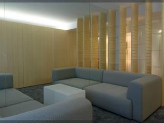Apartamento en Juan de Itziar.. Salones de estilo moderno de Estudio TYL Moderno