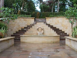 Water Features - Italianate Garden od Barry Holdsworth Ltd