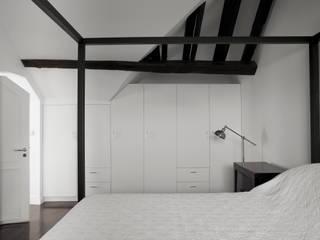 Hôtel particulier place Furstenberg Chambre classique par Pogonos Classique
