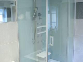 en-suite to bedroom 1 von Aura Designworks Ltd
