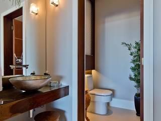 Espaço do Traço arquitetura Baños de estilo moderno