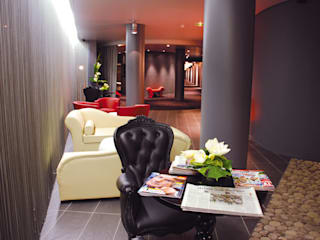 HOTEL 4* Roissy - Charles de Gaulles Hôtels modernes par THE GALLERY LL Moderne