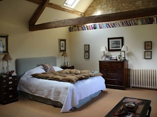 Country House, Gloucestershire Country style bedroom by Justin Van Breda Country