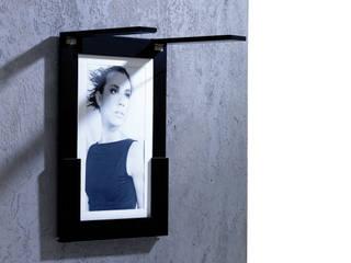 Picture Table wall attached von IvyDesign Minimalistisch