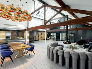 Open Plan Dining & Living Area : industrial Dining room by Perfect Integration