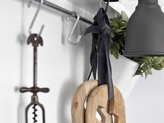 Projekty,  Kuchnia zaprojektowane przez Kristina Steinmetz Design, Śródziemnomorski