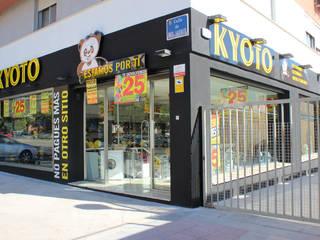 Tiendas Kyoto: Espacios comerciales de estilo  de Panatta Diseño Comercial