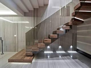 modern  by LANTANA PARKE, Modern