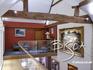 New Farmhouse Staircase 3843 Bisca Staircases Soggiorno in stile rustico