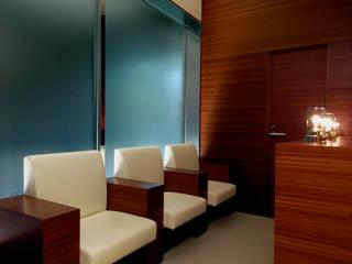 TOYO SEITAI TOKYO クラシカルな病院 の Shigeo Nakamura Design Office クラシック