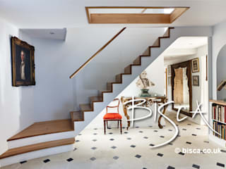 New Staircase in Period Property 3123 Bisca Staircases Ingresso, Corridoio & Scale in stile moderno