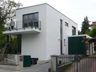 Einfamilienhaus in Kronberg Moderne Häuser von Anne.Mehring Innenarchitekturbüro Modern