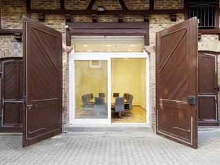 Forsthäuser Klassische Bürogebäude von Anne.Mehring Innenarchitekturbüro Klassisch