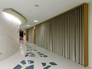 Modern clinics by DICLE HOKENEK ARCHITECTURE Modern