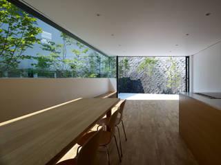 梅ヶ丘の家: 栗原隆建築設計事務所が手掛けたリビングです。,
