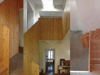 Studio SBG architetti - Milano: Ingresso & Corridoio in stile  di SBG architetti