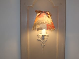 Applique récup' sur porte ancienne et abat-jour fait main:  de style  par Kréative Déco