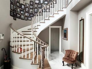 Lantana Parke 玄關、走廊與階梯階梯