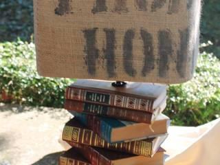 lampe livres:  de style  par b2ccreation décoration