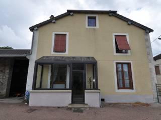 Rénovation d'une maison en pierre par Architecte d'Intérieur Paul Jourdain CFAI