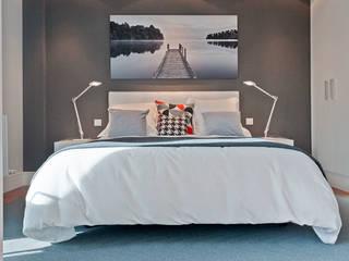Proyecto decoración e Plaza Euskadi. | Bilbao.: Dormitorios de estilo  de URBANA 15