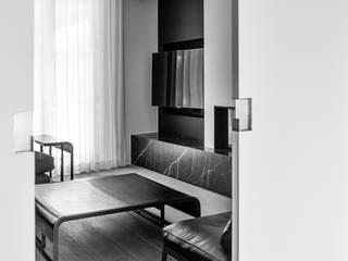 Aménagement de A à Z Salon moderne par Verhelst Interieur Moderne