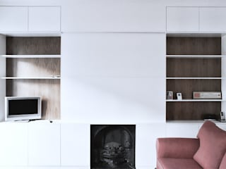 Living Room:  Living room by Salvatore catapano Architects