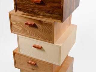 The Award Winning 'Magnetic Stack' Chest of Drawers. de Radiance Furniture Design Moderno