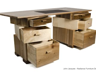 Magnetic Stack Desk with Fitted Humidor de Radiance Furniture Design Moderno
