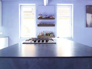Modern style kitchen by InteriorPark. Modern