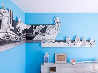 """Camera """"Il Tricheco e il Carpentiere"""": Hotel in stile  di Studio Giorgi Barbieri Architetti"""