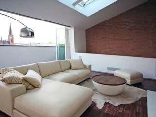 loftspace Minimalistische Wohnzimmer von spreeformat architekten GmbH Minimalistisch