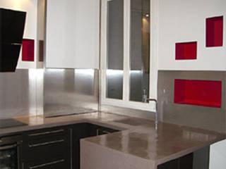 Appartement haussmannien: Cuisine de style  par Atelier VVD