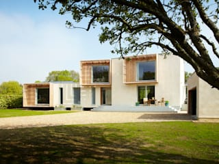 Tring House Facit Homes 모던스타일 주택
