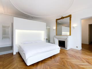 Restructuration d'un appartement haussmannien de 180m2, Paris 8° Chambre minimaliste par ATELIER POZZI ARCHITECTURE Minimaliste