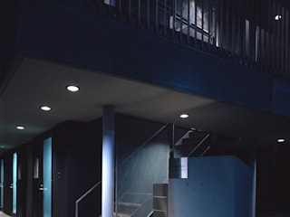 Jardin de style  par 濱嵜良実+株式会社 浜﨑工務店一級建築士事務所