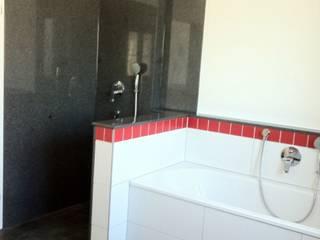 Dusche:  Badezimmer von Architekturbüro Beier